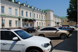 парковка во дворе комплекса